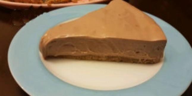 Kaloriden Korkmayanlara: Nutellalı Cheesecake Tarifi