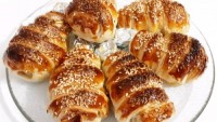 Yemeye Kıyamazsın: Milföylü Tavuk Baget Sarma Tarifi