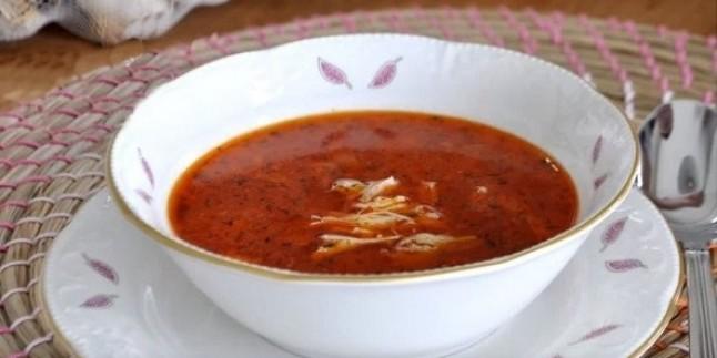 Paça Gibi: Tavuk Çorbası Tarifi