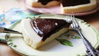 9 Kaşık İrmikle: Çikolata Soslu İrmik Tatlısı Tarifi