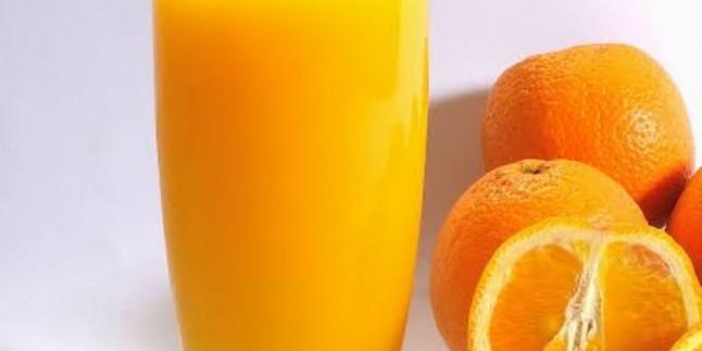 Portakallar Buzlukta Yerini Alsın : 3 Portakal İle 5 Litre Portakal Suyu Tarifi
