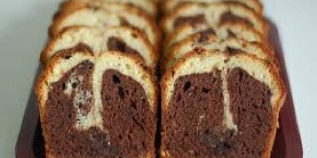Çay Saatlerinin Yıldızı: Kolay Mermer Kek Tarifi