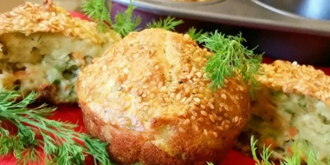 Fırından Yeni Çıktı: Muffin Kalıbında Mücver Tarifi