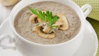 Her Sofraya Uygun: Kremalı Mantar Çorbası Tarifi