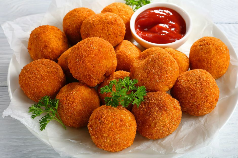 Çıtır Toplar: Kaşarlı Patates Topları Tarifi