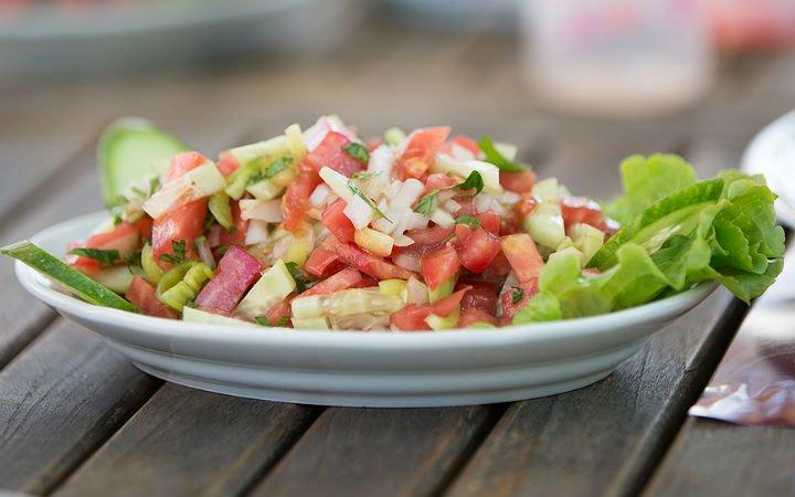 Yaz Ferahlığı: Çoban Salatası Tarifi