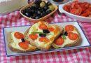 Kahvaltıyı Bir Dilime Sığdırdık: Yoğurtlu Yumurtalı Dilimler Tarifi